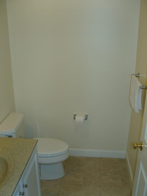 1층: 화장실