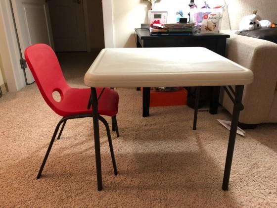 어린이 책상, 의자